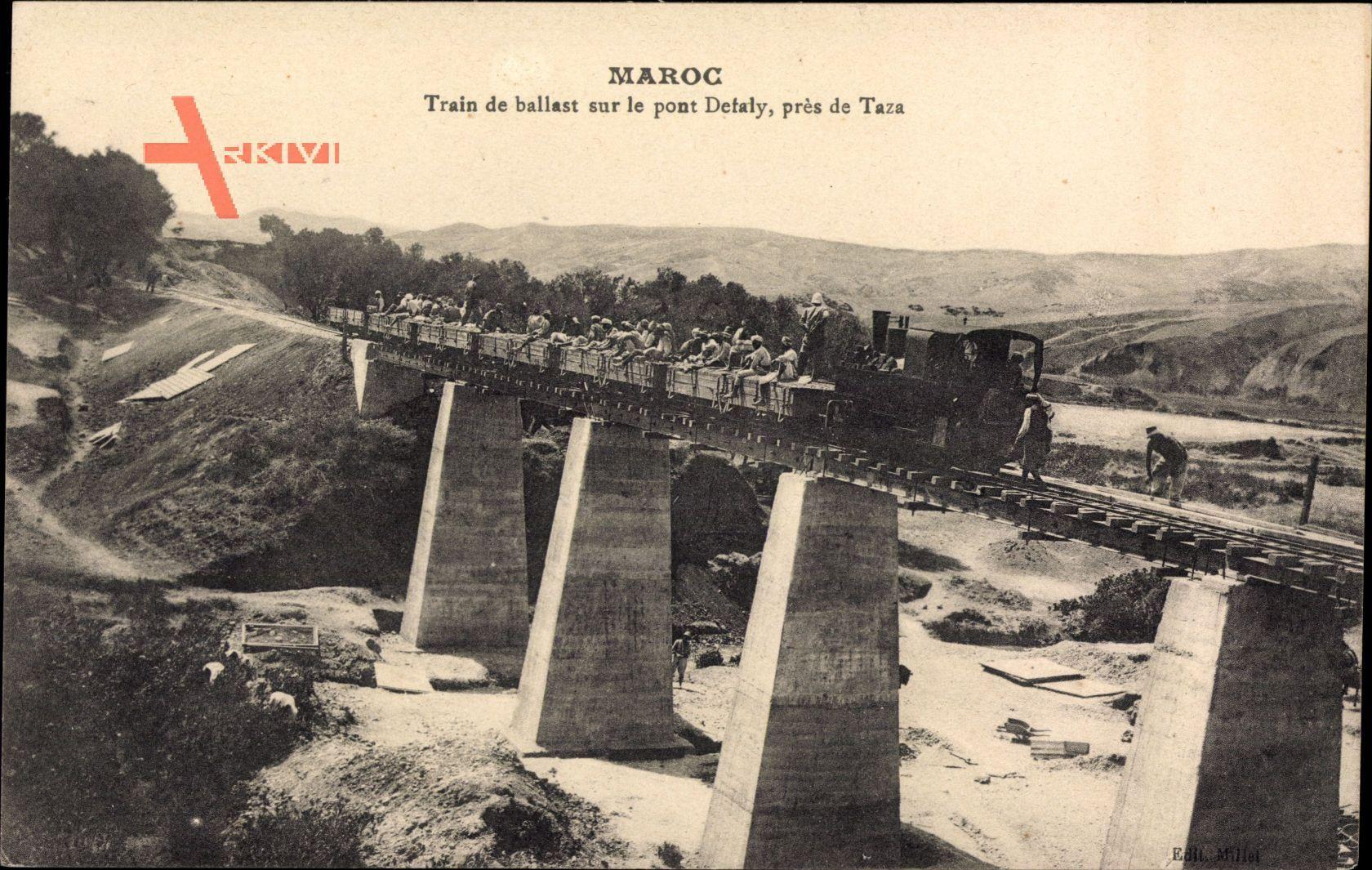 Marokko, Train de ballast sur le pont Detaly, pres de Taza