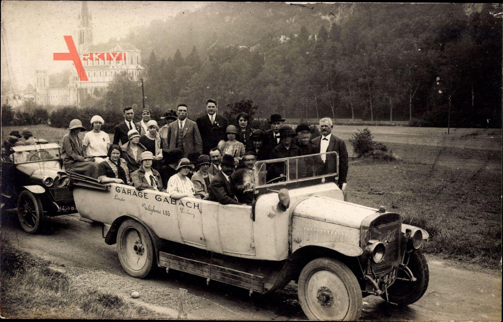 Frankreich, Reisebus, Pilgerfahrt, Gruppenfoto, Garage Gabach, Lourdes