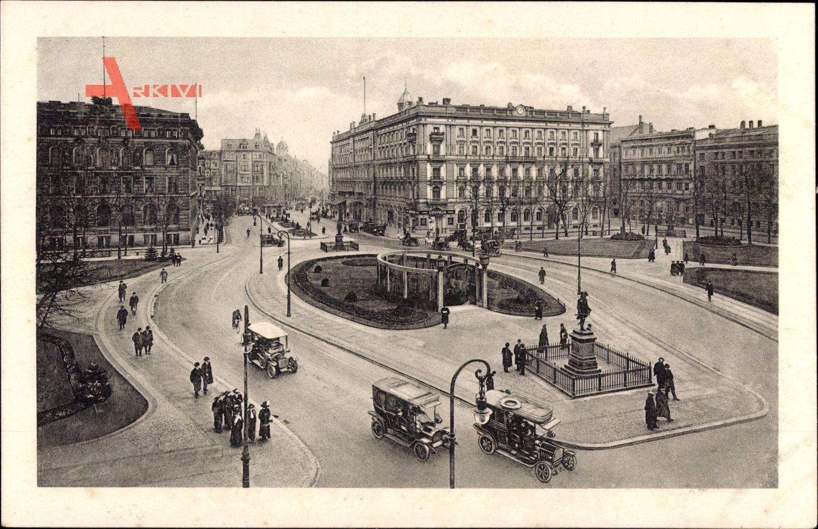 Berlin, Das Straßenleben am Wilhelmplatz, U Bahn Station