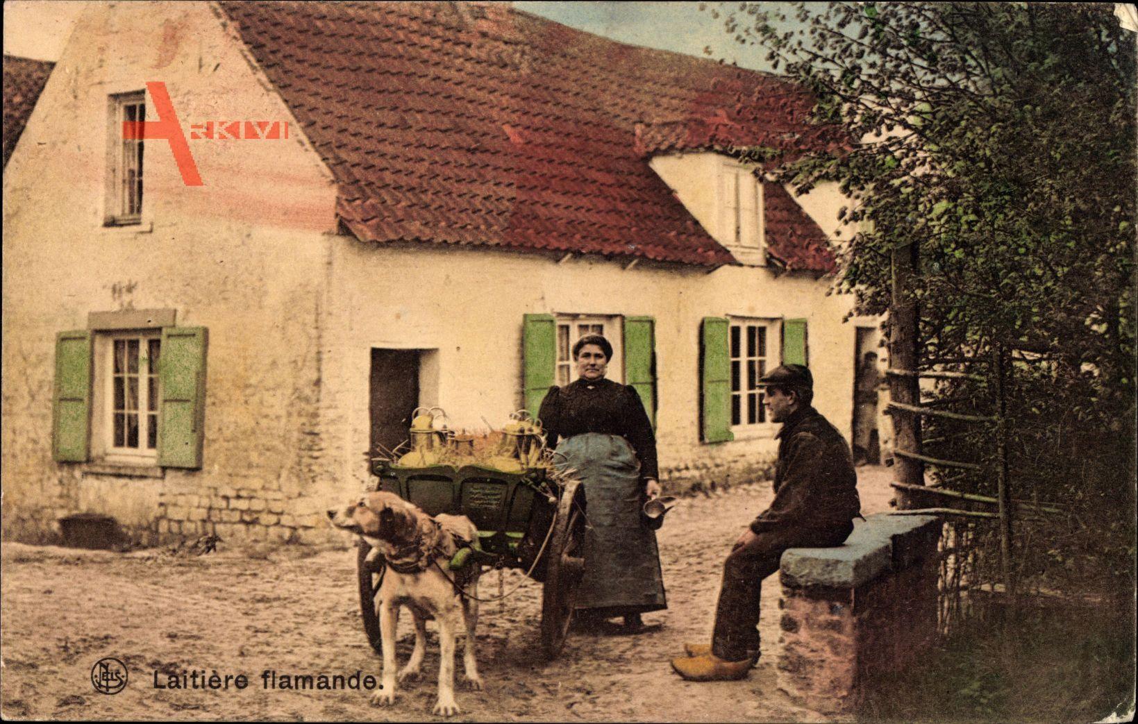 Laitiere flamande, Milchfrau in Tracht mit Hundekarren, Wohnhaus