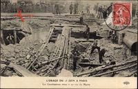 Paris, LOrage du 15 Juin, Éboulement, Canalisations mises à nu rue du Havre