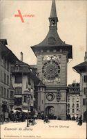 Bern Stadt Schweiz, Tour de lHorloge, Straßenpartie mit Blick auf Uhrturm