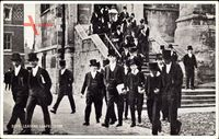 Eton South East England, Boys leaving chapel, Eton College, Schüler