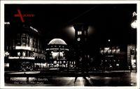 Berlin Tiergarten, Blick auf Potsdamer Platz bei Nacht, Nachtbeleuchtung