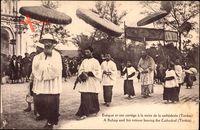Tonkin Vietnam, Evêque et son cortège à la sortie de la cathédrale