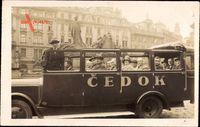 Prag Tschechien, Cedok, Auto, Reisebus, Passagiere, Denkmal