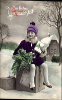 Frohe Weihnachten, Kind auf Paketen sitzend, EAS 7582 3