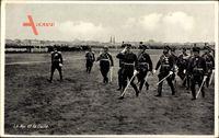 Ahmet Zogu, König von Albanien mit seinem Militärstab