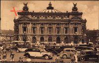 Paris, LOpéra, Straßenpartie mit Blick auf die Oper, Autos, Passanten