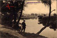 Mülhausen Haut Rhin, Ill Ufer, Flusspartie mit Angler, Weg, Vegetation