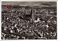 Ulm an der Donau, Fliegeraufnahme von der Stadt mit Münster