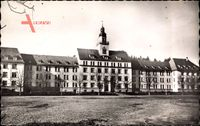 Sigmaringen, Blick auf die Kaserne, Wiese, Platz, Turm, Fenster