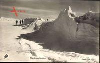 Norwegen, Hardangerjokelen, Skifahrer, Gletscher, Winterlandschaft