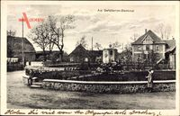 Leiferde Landkreis Gifhorn, Partie am Gefallenen Denkmal, Wohnhäuser